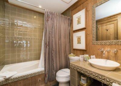 salle de bain condo